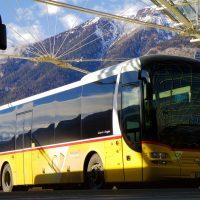 bus-car-montagne